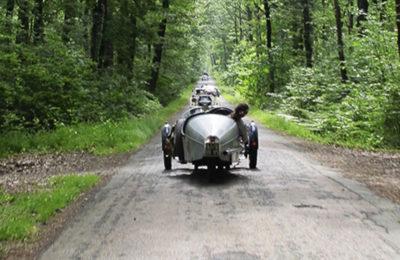 Venez passer un week-ends avec vos voitures de collection au château de La Baronnière.