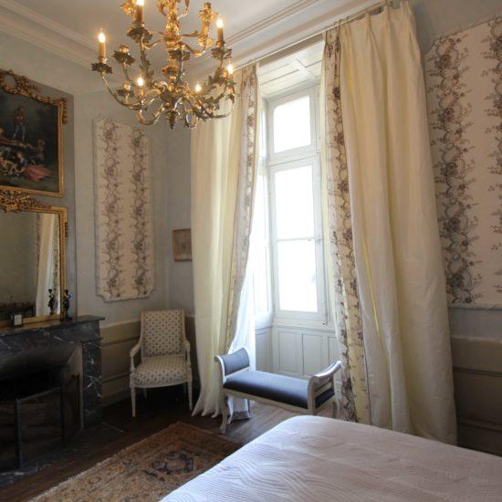Photos du château de La Baronnière : la chambre Louis XVI
