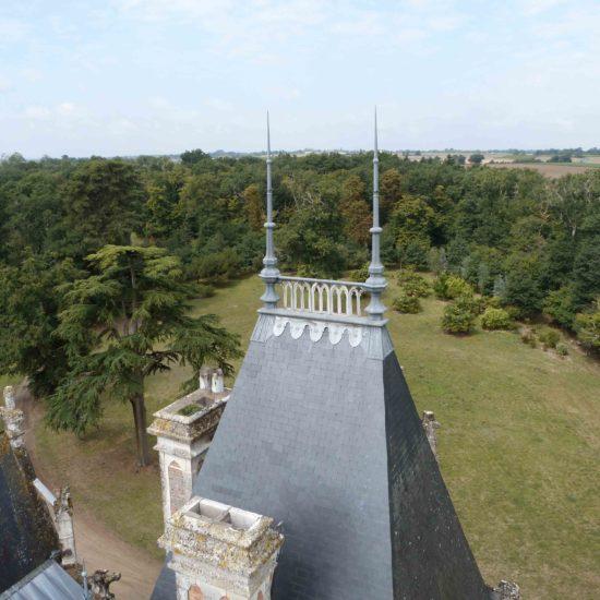 Photos du parc de La Baronnière : le parc vu des toits du château