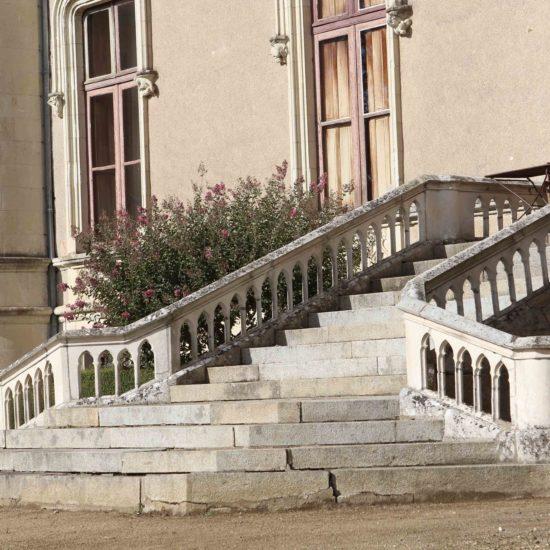 Photos de La Baronnière : le perron est du château XIXème
