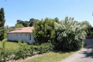 Les séjours : le cottage du château de La Baronnière est une petite maison indépendante qui peut-être loué à la semaine