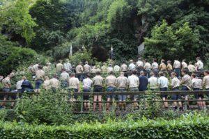 Les séjours : la Baronnière accueille chaque année des camps scouts. Les messes peuvent être célébrées à Courossé.