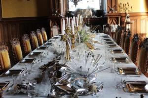 Réveillon du Nouvel An sur le thème mécanique-métallique au château de La Baronnière.