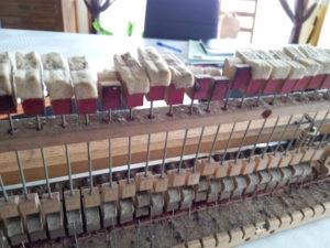 """Le piano Érard """"était très usé"""", mais """"plutôt en bon état de conservation""""."""