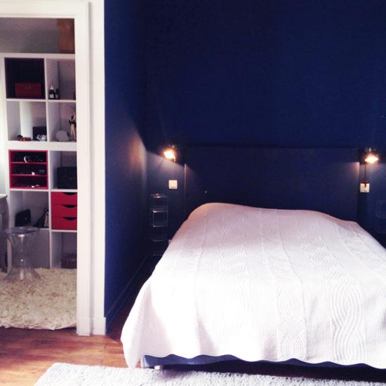 Photos du château de La Baronnière : la chambre de Mademoiselle avec un cabinet de toilette et un dressing