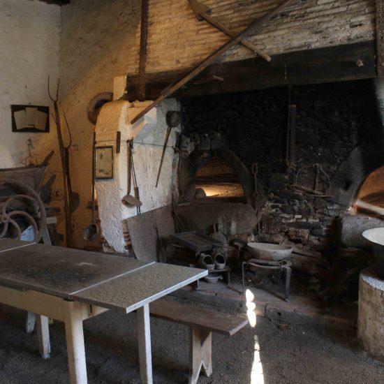 Photos de La Baronnière : la vieille boulangerie et ses fours à pain