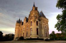 Découvrez les photos du château de La Baronnière, dans le Maine-et-Loire.