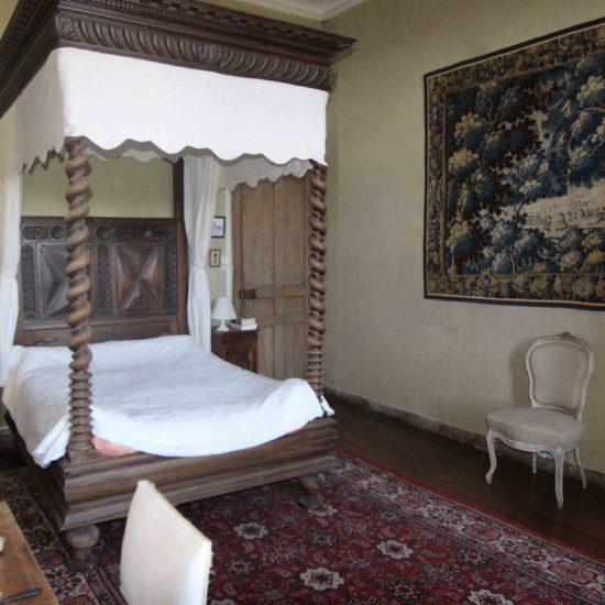 Photos du château de La Baronnière : la chambre à baldaquin