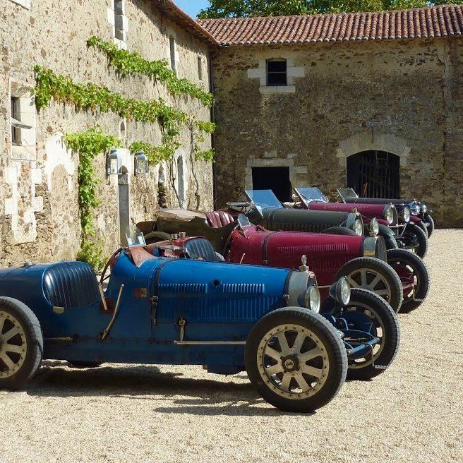 Nos offres : réservez votre week-end en voitures de collection au château de La Baronnière